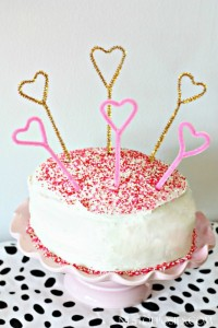 Pipe Cleaner Cake Toppers + a Pinterest Party