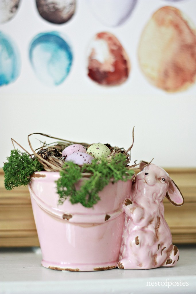Decorating your Spring Mantel