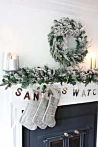 christmas-mantel-1