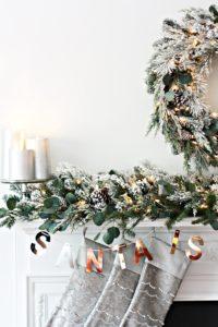 christmas-mantel-evergreen