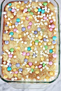 M&M'S White Chocolate Easter Lemon Gooey Bars